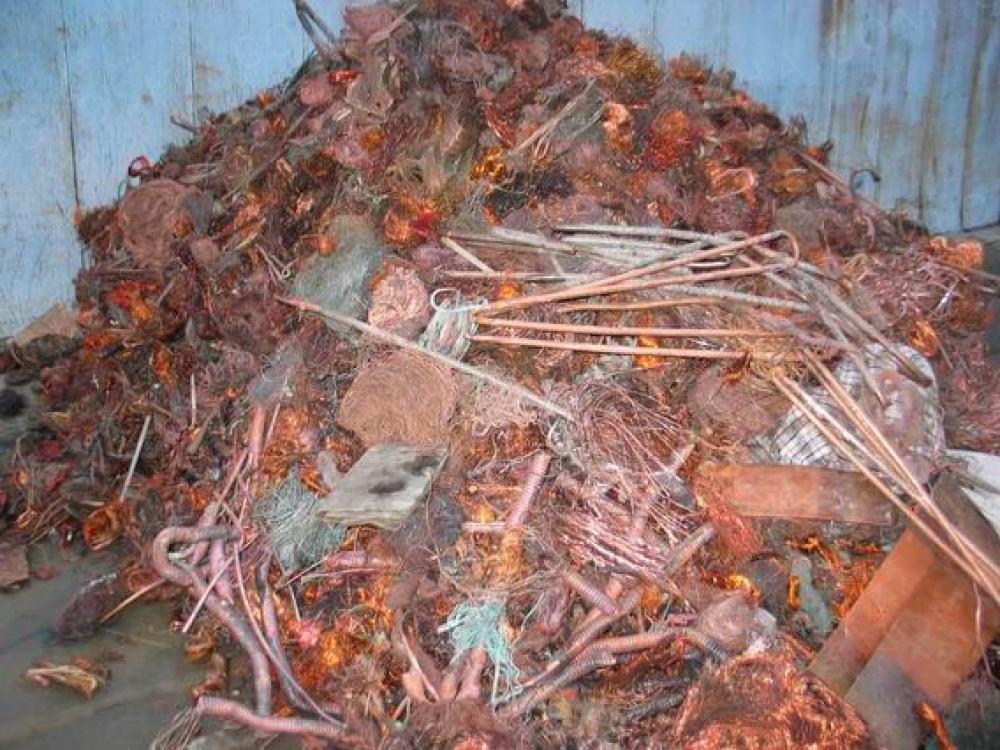 Умеренно опасный строительный мусор