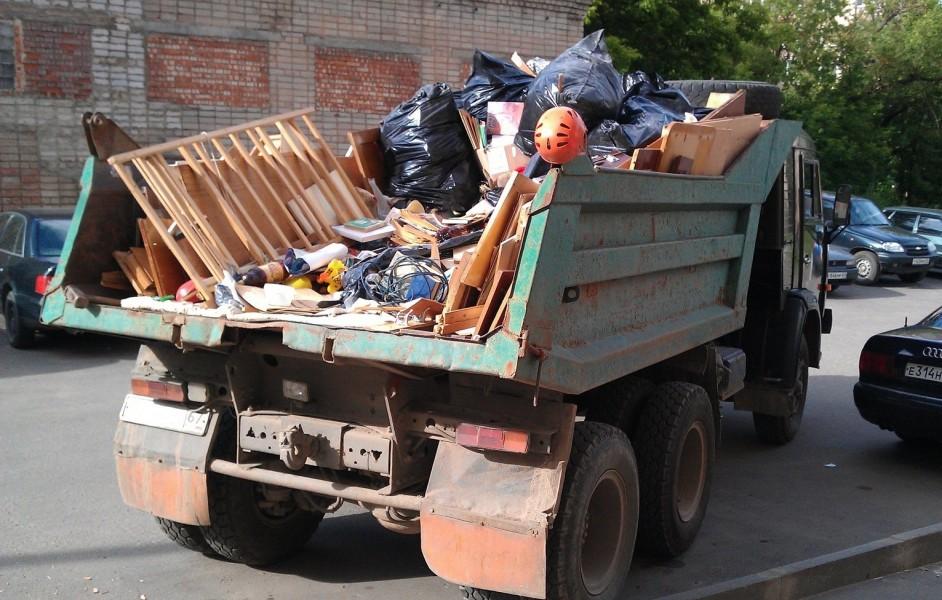 Перемещение строительного мусора