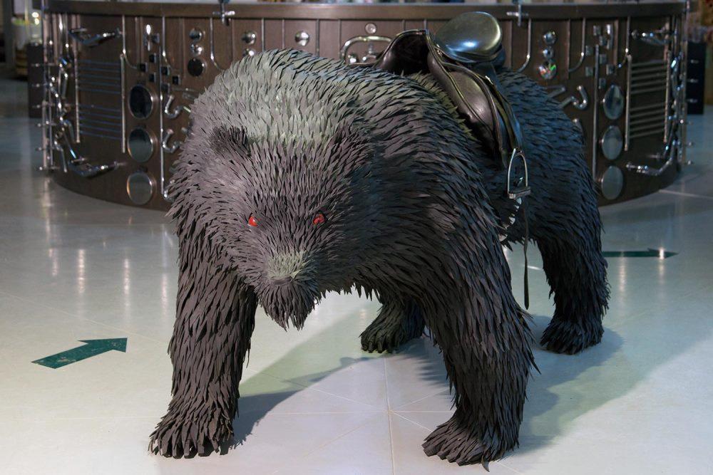 Медведь из шин