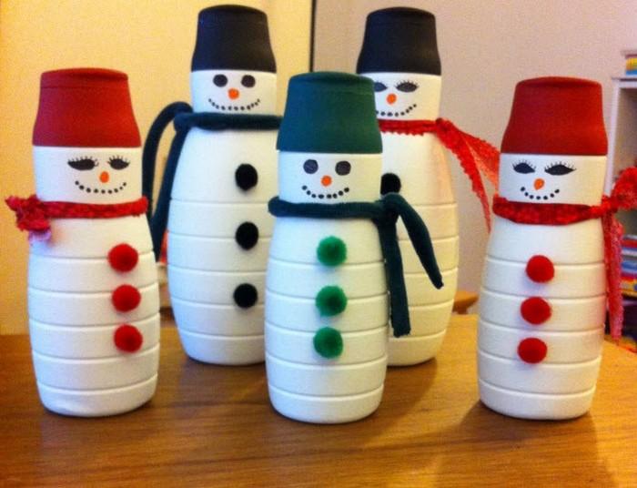 снеговички из бутылок